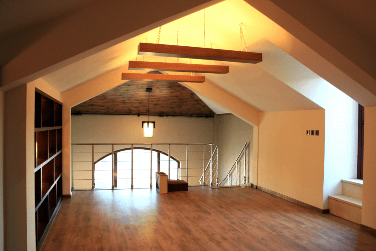 Completely refurbished loft