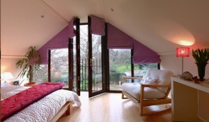 Extensive loft conversion into warm bedroom in London's house
