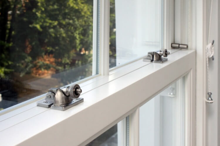 Keep heat in with double glazed sash windows!