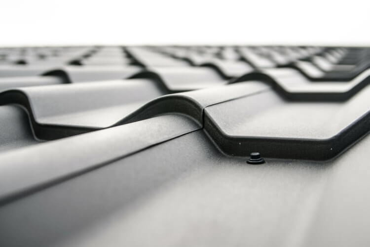 Out with the Old, in with the New – a Quick Guide to Replacing Your Roof